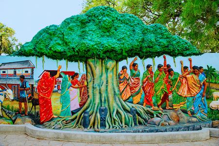 Vat Savitri, women tying thread to Banyan tree. Gram Sanskruti Udyan, Pashan, Pune Editorial