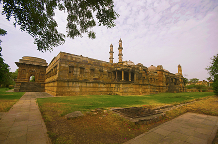 Outer view of Jami Masjid (Mosque)