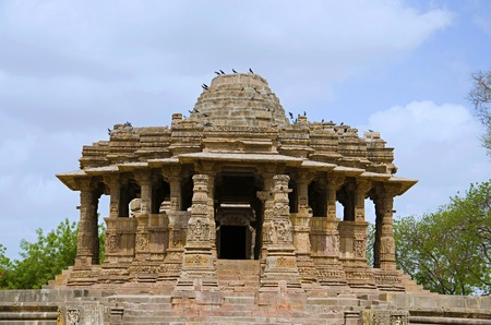 Outer view of the Sun Temple. Built in 1026 - 27 AD during the reign of Bhima I of the Chaulukya dynasty, Modhera village of Mehsana district, Gujarat, India Stock Photo