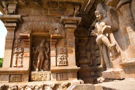 Bhikshatana-murti and dwarapala, southern niche of the central shrine, Brihadisvara Temple, Gangaikondacholapuram, Tamil Nadu, India.