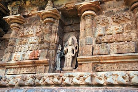 Vishnu with his consorts, niche on the western wall, Brihadisvara Temple, Gangaikondacholapuram, Tamil Nadu, India.  Stock Photo