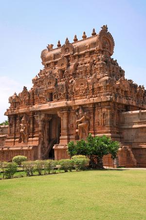 Rajarajan Tiruvasal and protecting wall, Brihadisvara Temple, Tanjore, Tamil Nadu, India. Vew from East