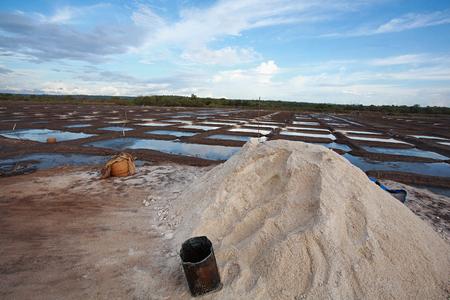Rock salt and salt pans or salt evaporation pond