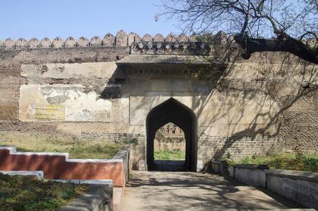 Outer wall of Balapur Fort, Shegaon, Maharashtra state of India Banco de Imagens