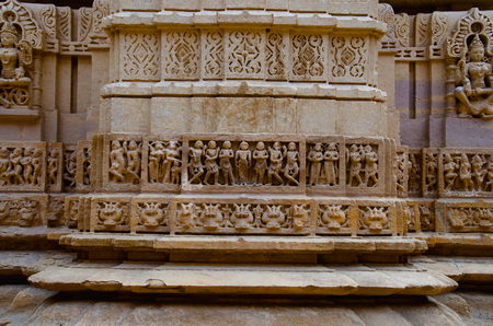 Beautifully carved idols, Jain Temple, situated in the fort complex, Jaisalmer, Rajasthan, India Imagens