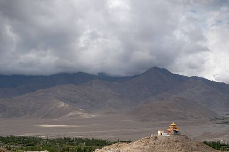 Monastery near Leh, Ladakh in Jammu and Kashmir, India. Imagens