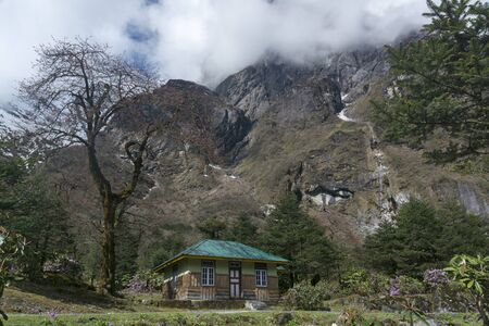 Rest house at Yumthang Valley at Lachung in Sikkim, India Imagens