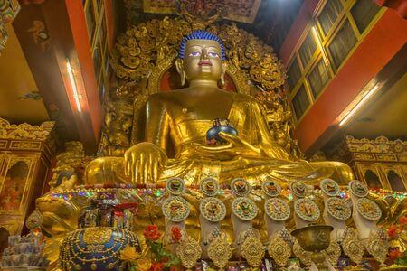Ralang Monastery Buddha at Ravangla in Sikkim, India Imagens