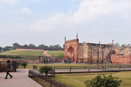 Agra, Uttar Pradesh, January 2020, Inside Gate, Agra Fort, 16th-century fortress of red sandstone located on the Yamuna River 新闻类图片