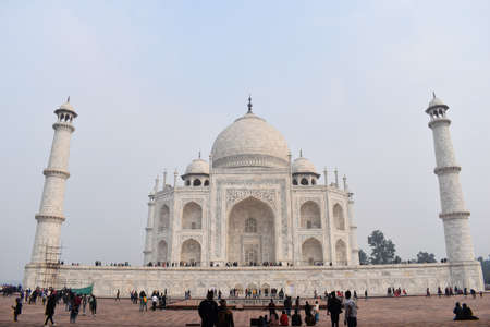 Agra, Uttar Pradesh, January 2020, Taj Mahal view from Kau Ban Mosque 新闻类图片