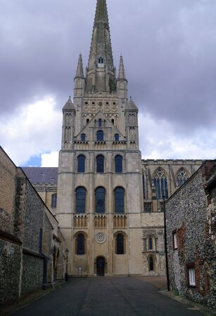 View of Side Entrance of Norwich Cathedral Stock Photo - 76933109