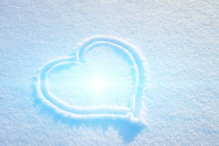 flashing light: Heart on snow