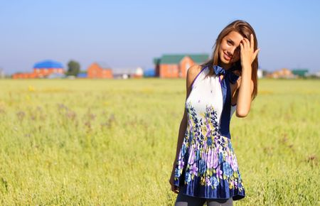 Beautiful girl in a field Stock Photo - 7511447
