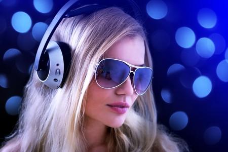 Kulaklıklar ile Kız Stock Photo