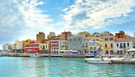 kreta: Agios Nikolaos. Crete, Greece. mountainous landscape