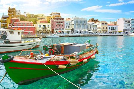 kreta: Boat. Agios Nikolaos. Crete, Greece Stock Photo