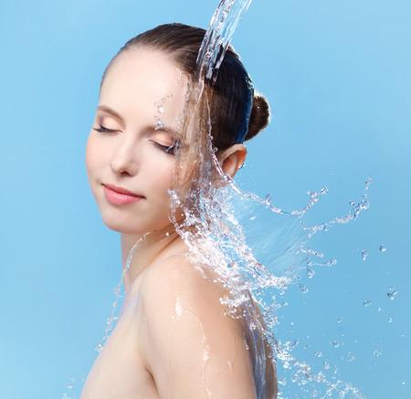 Фото лица под струей воды 22 фотография