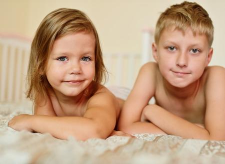 Брат с сестрой порно фото бесплатно 9558 фотография
