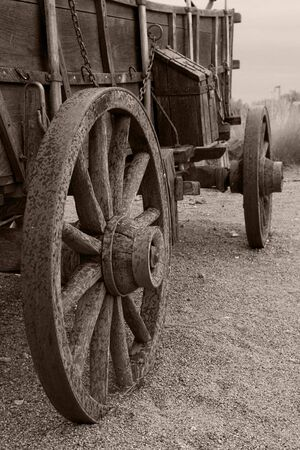 covered wagon: An interesting perspective on an original covered wagon used by pioneers on the Old Oregon Trail.