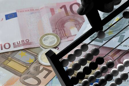 finanzen: Geld rechnen Stock Photo