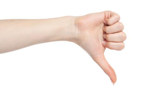 pollice in gi: Mano di donna mostrando fallire il gesto con il pollice gi�