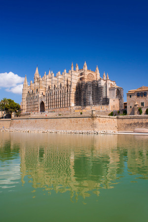Cathedral de La Seu in Palma de Mallorca photo