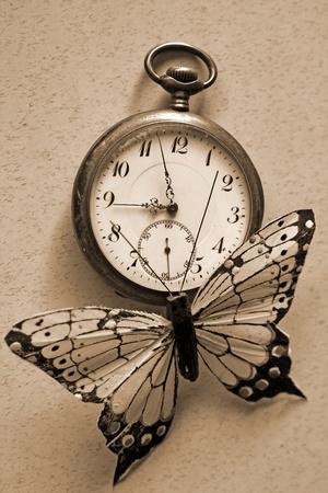 reloj antiguo: evanescente Foto de archivo