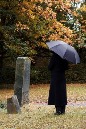 захоронение: Траур Фото со стока