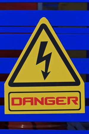 Danger warning sign  Stock Photo - 12006177