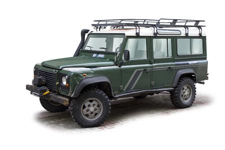 Offroad-Jeep mit Freistellungspfad