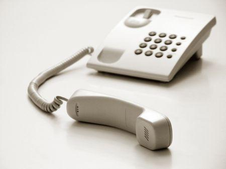 Telefon mit Empfänger aus, genau wie warten zu holen ...