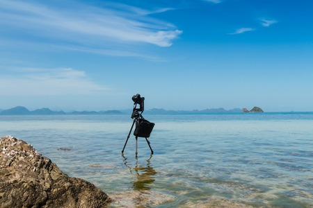 lapse: photo camera time lapse shooting by the sea