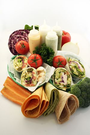 molhos: Healthy hart pitta wraps veggies and sauces