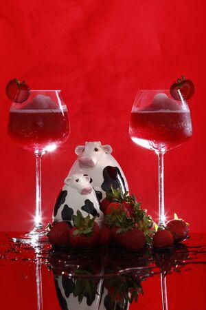 hart shaped: Strawberry Smoothies turn into Daiquiris tonight Stock Photo