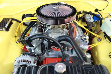 engine compartment: Gasoline powered sports muscle car engine