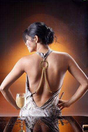woman mirror: Dare to put your hands on my wine