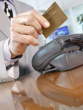eftpos: Your brand here. Swiping a Credit-Debit rewards Card through a merchants terminal