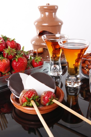 Almond liquor and strawberry chocolate fondue