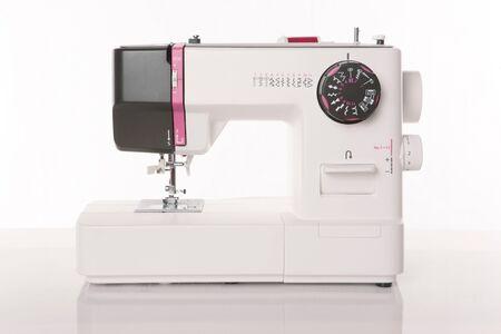 M�quina de coser moderna Foto de archivo - 9138137