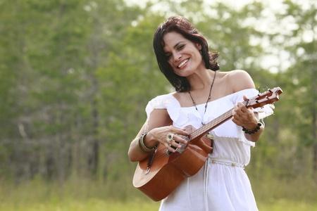 cuatro: South American cuatro singer