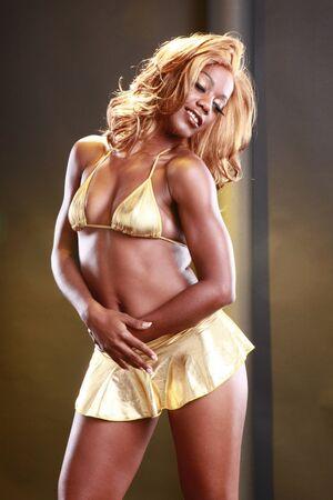 mini falda: Chica de oro