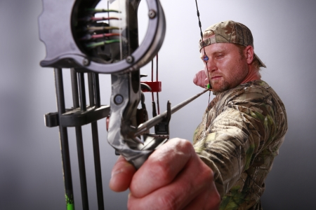 Compound bow Stock Photo - 18122730