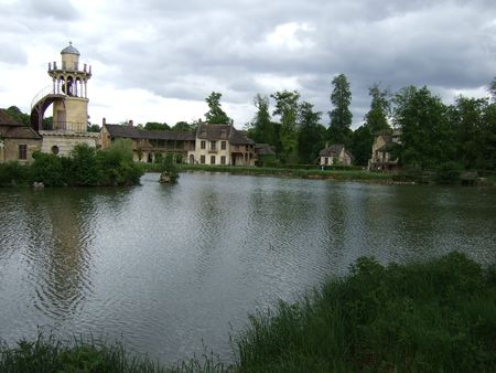 The Queen's Hamlet: The Pond and the Marlborough Tower