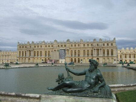 versailles: Zeus statue and the Palace of Versailles