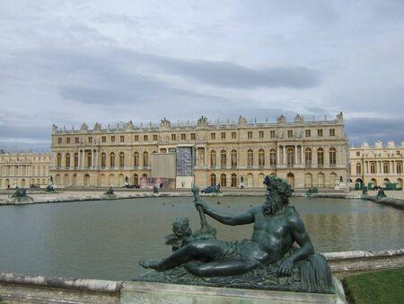 zeus: Zeus statue and the Palace of Versailles