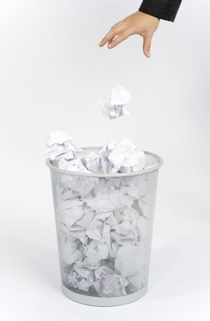 woman's hand throw a garbage to the dustbin Stock Photo - 485481