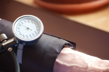 sphygmomanometer indicating the low  blood pressure indicating the low  blood pressure Stock Photo - 17591929