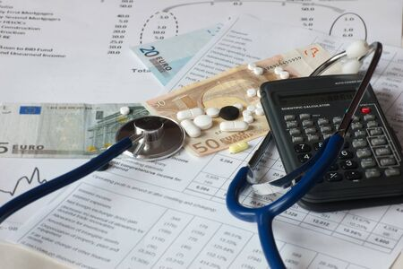 suggestion on health care costs Stock Photo - 18285911