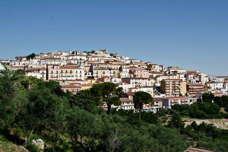 Landschaft aus dem italienischen Dorf von Candela Lizenzfreie Bilder
