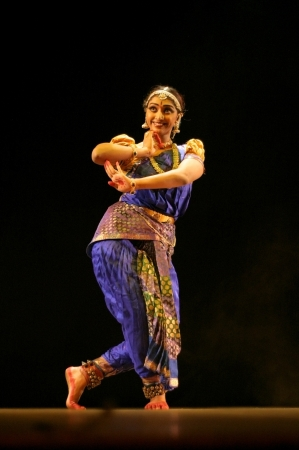 Hyderabad,Ap,India- September 04,2012:Vaishnavi sainath performing Bharatanatyam recital navarasa at Ravindra Bharati. Stock Photo - 15131797